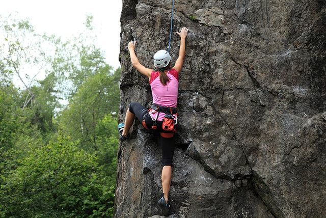 an introduction to the essay on the topic of rock climbing
