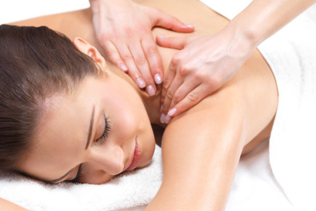 £14 instead of £55 for a deluxe massage and Dermalogica facial at Gordon Wilson Hairdressing & Beauty, Newington - save 75%