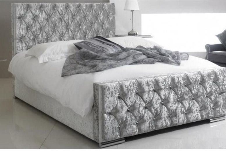 Luxury Silver Crushed Velvet Bed Frame – 3 Sizes!