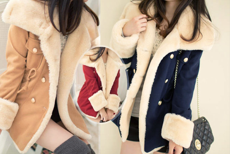 £22 instead of £89.99 (from EFMall) for a ladies woollen winter coat with faux fur cuffs – choose from tan, red and navy and save 76%