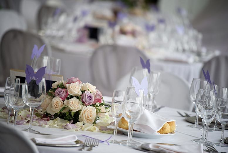 £265 instead of £580 for a wedding décor package from CNK events - create the day of your dreams and save 54%