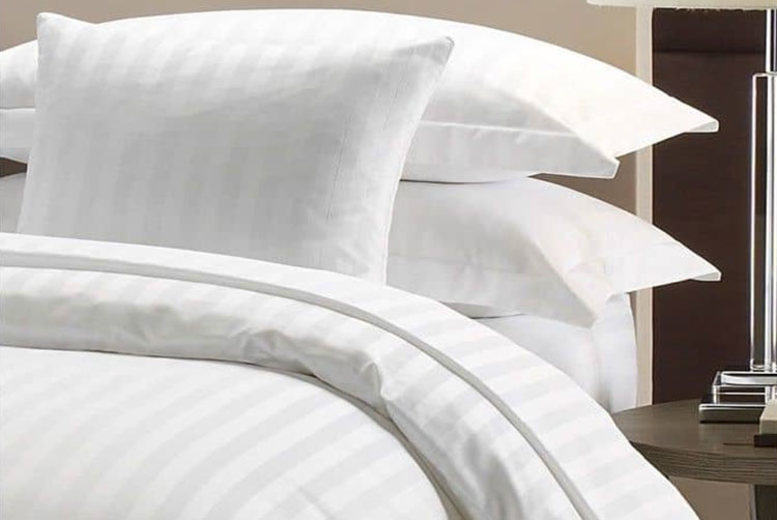 100% Egyptian Cotton Satin Stripe Bedsheet – 3 Sizes! for £17.99