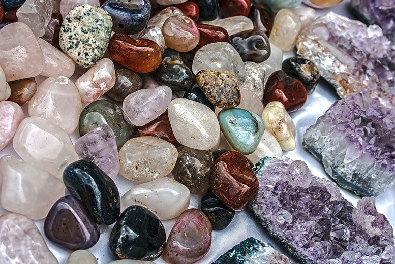 £19 instead of £151.90 (from Centre of Excellence) for an online crystal healing diploma course - save 87%