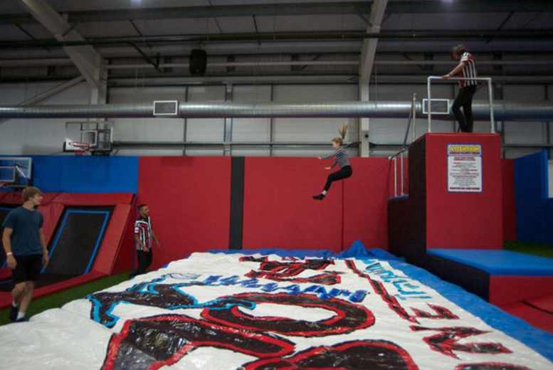 £5 instead of £9 for a one-hour trampolining session at Boing Zone Trampoline Park, Birmingham city centre - save 44%