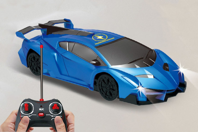Remote Control Wall-Climbing Stunt Car for £11.99