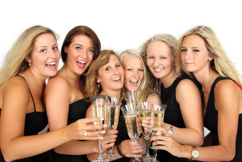 Glasgow: Mother & Daughter Photoshoot, Bubbly & Prints @ Studio Rooms for £12