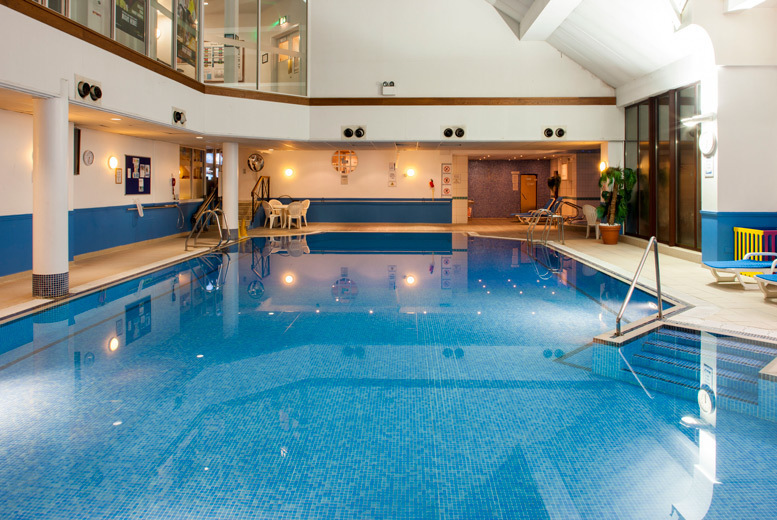 Glasgow: Spa Day, Treatments, Lunch & Guest Passes @ You Fit Health Club for £45