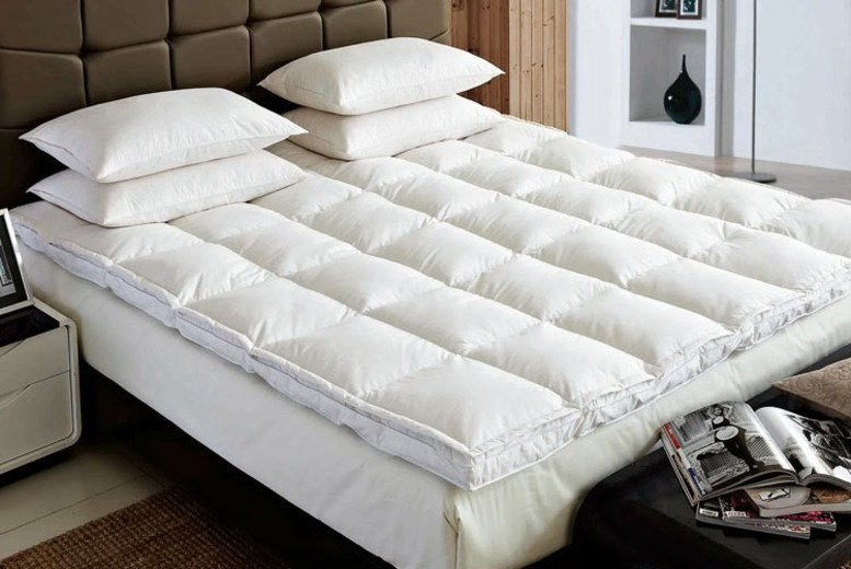 5cm Thick Goose Feather and Down Mattress Topper – 5 Sizes! (£24.99)