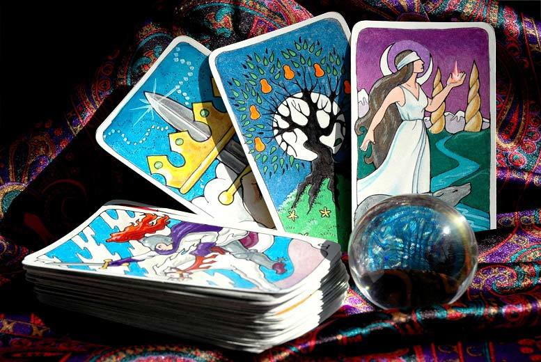 Glasgow: Gold 'Prediction' Psychic Email Reading – Ask 3 Questions! for £9