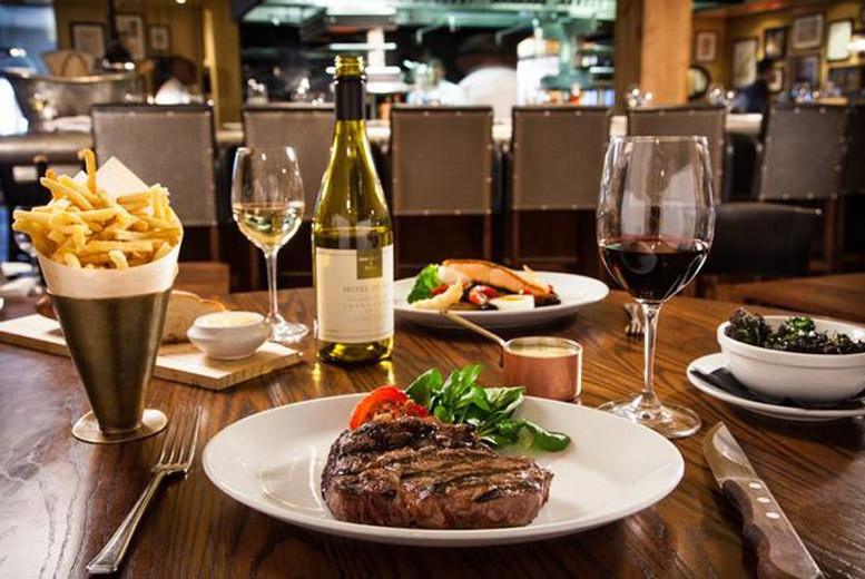 Edinburgh: Flat Iron Steak Dining for 2 @ The Mash Tun – Wine or Cocktail Upgrade! from £19