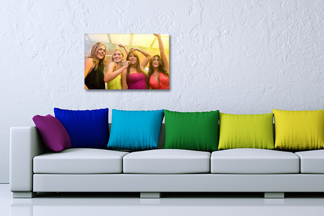 "£10.99 instead of £54.99 (from Dip Into Sales) for a 16"" x 24"" A2 personalised canvas - print your memories and save 80%"