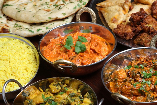£10 instead of up to £25.60 for an Indian takeaway for 2 inc. starters, mains & sides, £19 for 4 at Red Spice, Solihull - save up to 61%