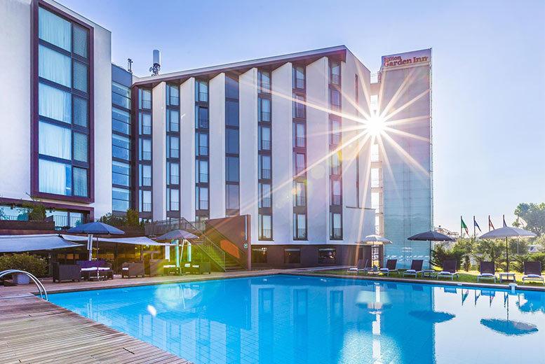 4* Venice Hilton Garden Inn, Breakfast & Flights