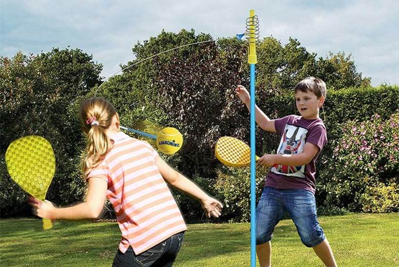 2-Player Swing Ball Game – Includes Rackets and Ball! for £11.49