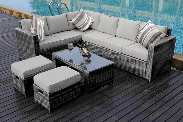 8-Seater Rattan Outdoor Sofa Set – 3 Colours & Rain Cover Option! (£439)