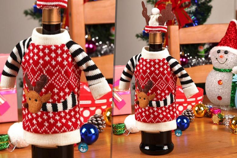 £4.99 instead of £10.99 (from Shop Sharks) for two Christmas wine bottle jumpers - indulge in he Xmas spirit and save 55%
