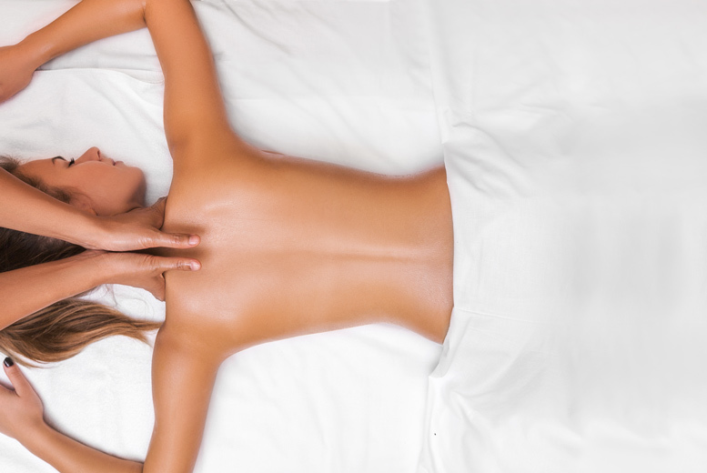 Glasgow: 90min Pamper Package & Refreshments – Kirsty @ Amici Beauty from £16