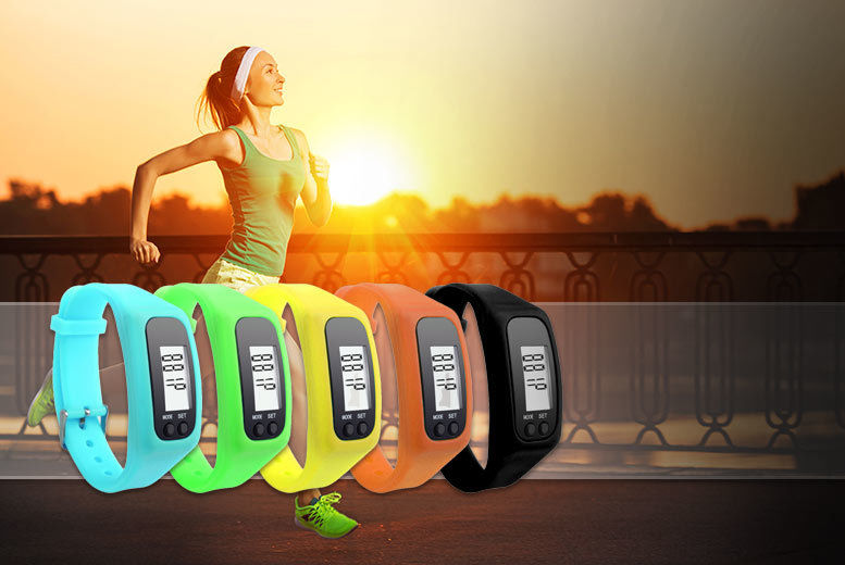 2Fit 4-in-1 Distance and Calorie Tracker – 5 Colours! for £8.99
