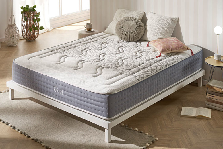 Advanced Platinum Thread Cloud Gel Mattress from £179