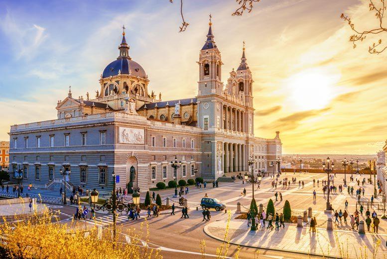 2-4nt 4* Luxury Madrid City Break, Welcome Drink Breakfast & Flights