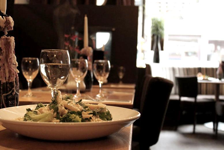 3-Course Italian Dining & Drinks for 2 @ Esca, Merchant City