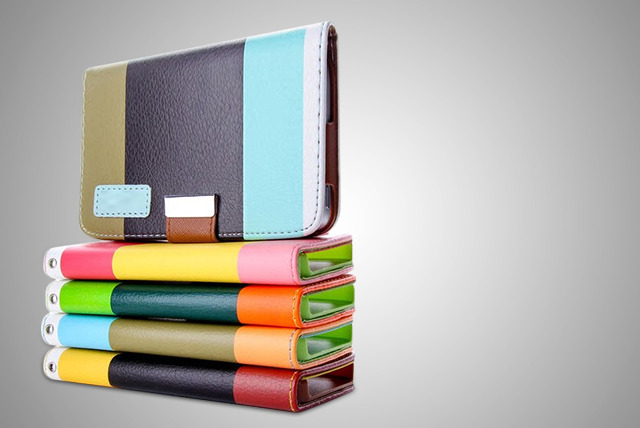 £9.99 instead of £34.99 (from Mobileheads) for a colourful faux-leather iPad wallet, or £11.99 for a bundle pack inc. wallet & more - save up to 71%
