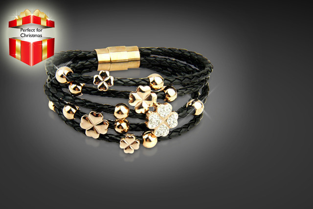 £10 instead of £44.96 (from Simply 18k) for a leather flower bracelet in black or white, or £15 for 2 bracelets  - save up to 78%