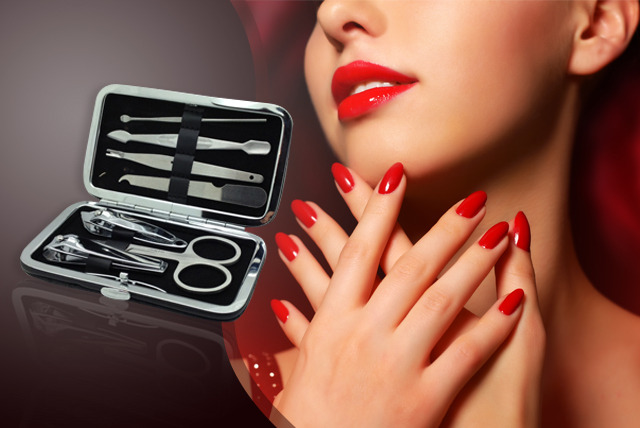 £7 instead of £19 (from Louise Walsh) for a 7-piece manicure set - get glam nails and save 63%