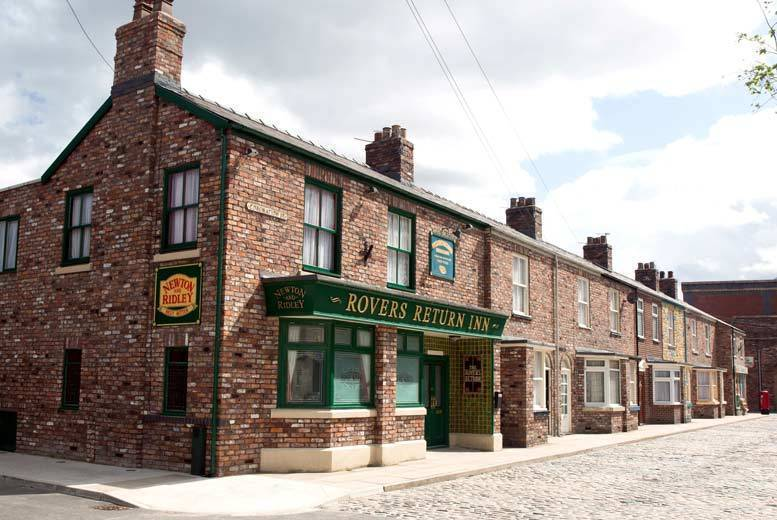 The Coronation Street Set Experience – With 80min Guided Tour!