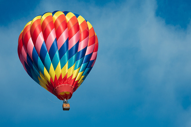 £99 for a 1-hour hot air ballooning experience, bubbly & certificate with Alba Ballooning, Edinburgh from a choice of 3 locations - save 50%