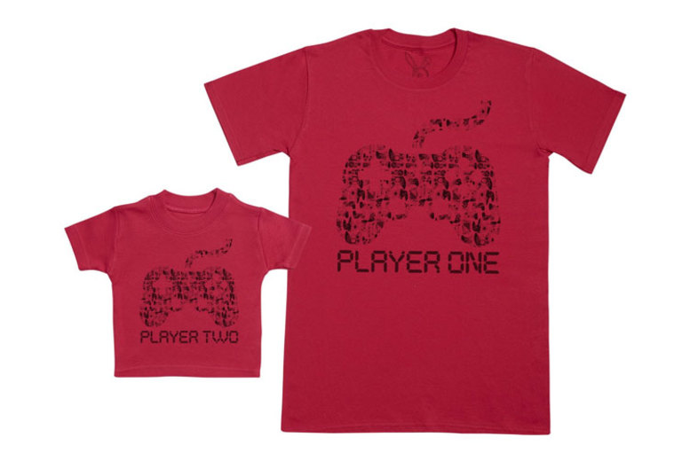 Player 1 & 2 Matching T-Shirts – Parent & Baby!