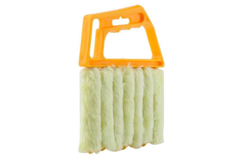 1, 2 or 4 - 7 Brush Microfiber Venetian Blind Dust Cleaner