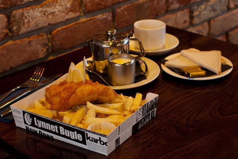 Glasgow: Fish Supper & Drinks for 2 or 4 @ The Chippy Doon The Lane from £12