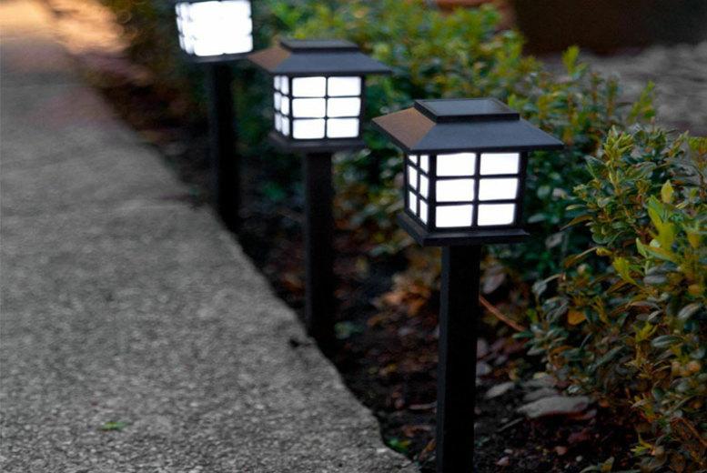 12x Solar Powered Garden Lanterns