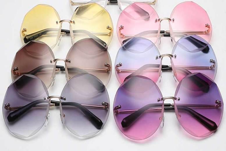 Gradient effect Sunglasses w/ Hard Case – 6 Colours! (£11)