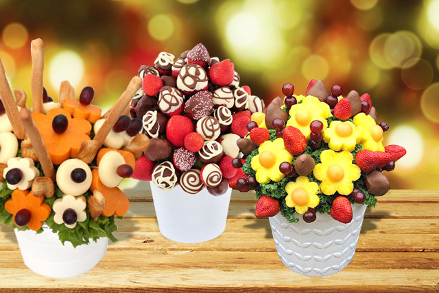 £17.50 for a Cheese Delight bouquet, £20 for a Berry Treat or £22.50 for a Berry Burst from Apeeling Fruit Bouquets, Edinburgh - save up to 50%