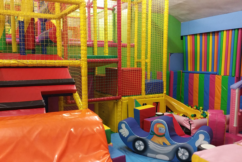 2hr Soft Play & Trampoline plus Soft Drink @ Clown Around