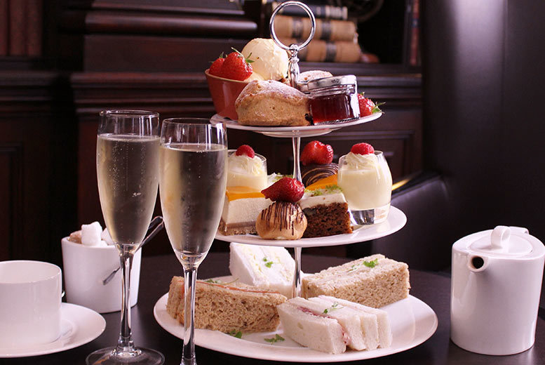 £29 instead of £54 for a sparkling afternoon tea for two people at Doubletree by Hilton, Liverpool - save 46%