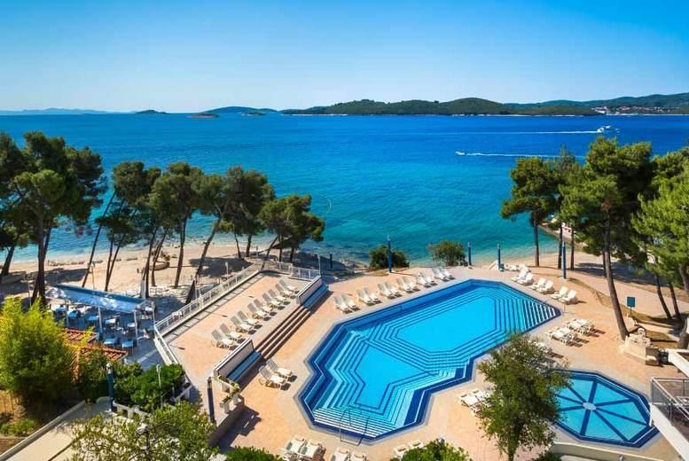 Beach Holidays: 3-7nt 4* Croatia Beachfront Getaway, Breakfast & Flights