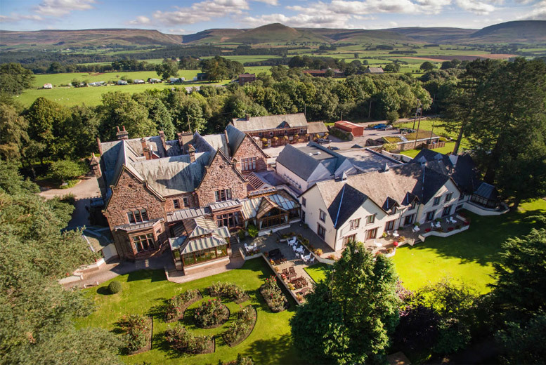 4* Lake District Stay & Breakfast for 2 @ Appleby Manor Country House