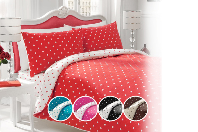 £12.99 instead of £38.99 (from Your Essential Store) for a double polka dot duvet cover & pillow set, or £17 for a king - save up to 67%