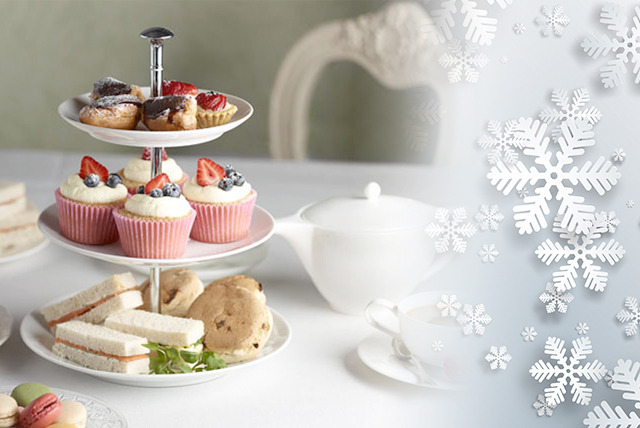 £19.99 for Christmas afternoon tea for 2 inc. a glass of mulled wine each, or £24.99 with Champagne at Tartine, South Kensington - save up to 56%