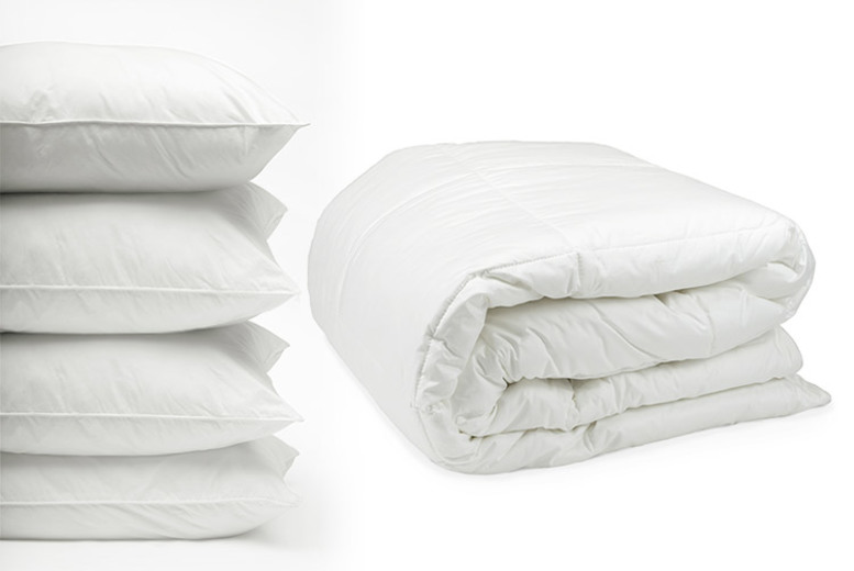 6 Tog Lightweight Summer Duvet & 4 Pillows – 4 Sizes! (£12.99)