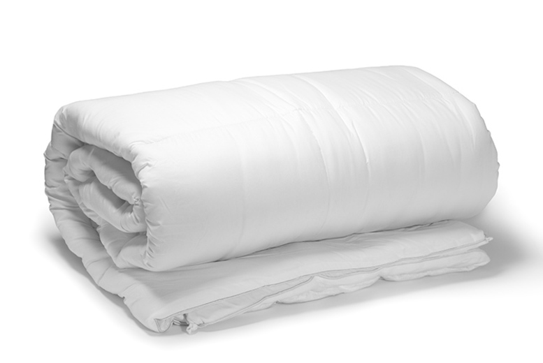 9 Tog Super Bounce Back Summer Duvet – 4 Sizes! (£8.99)