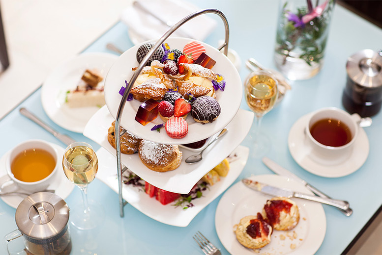 Restaurants & Bars: 5* Montcalm Hotel Afternoon Tea with Prosecco For 2, Hyde Park