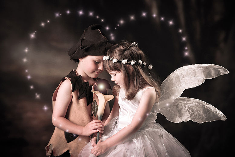 £9 for a fairy & elf photoshoot from Images Unlimited