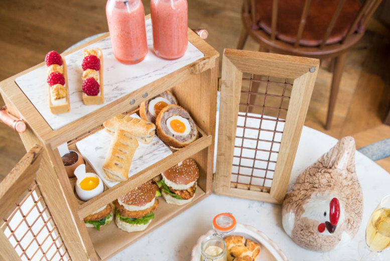 Restaurants & Bars: 4* Marriott 2hr 'Bottomless' Bubbly Afternoon Tea for 2, Hyde Park