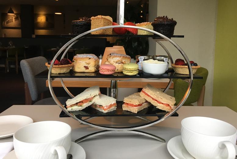 Restaurants & Bars: Afternoon Tea for 2 @ Novotel York Centre - Prosecco Upgrade!