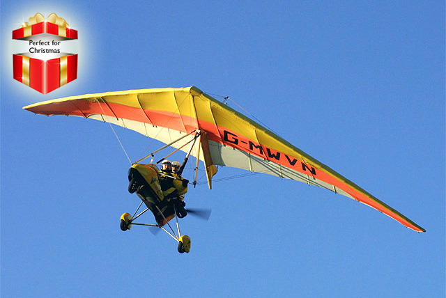 £25 for a 15-minute microlight flying experience or £45 for a 30-minute experience with Microflights Flying School - save up to 38%