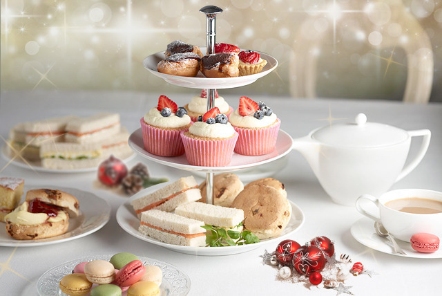 £24 instead of £59.90 for afternoon tea for 2 including a glass of mulled wine each and live music at Danubius Hotel, Regent's Park - save 60%